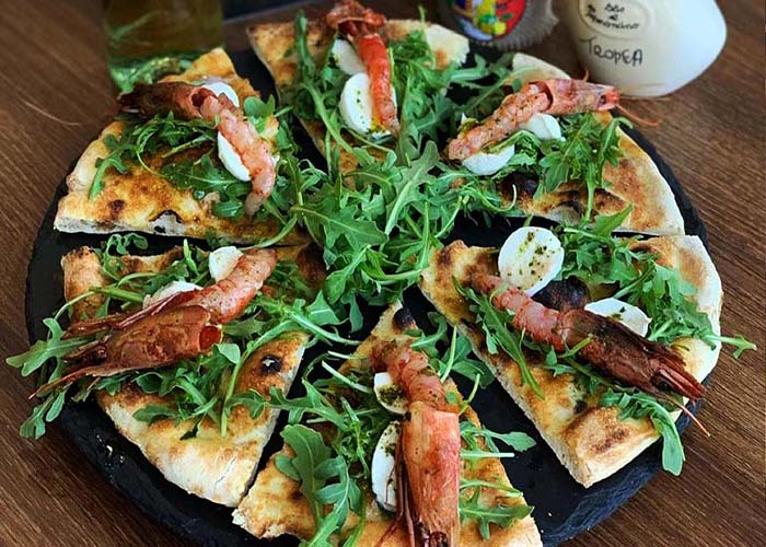 Calabrisella's Seafood Pizza